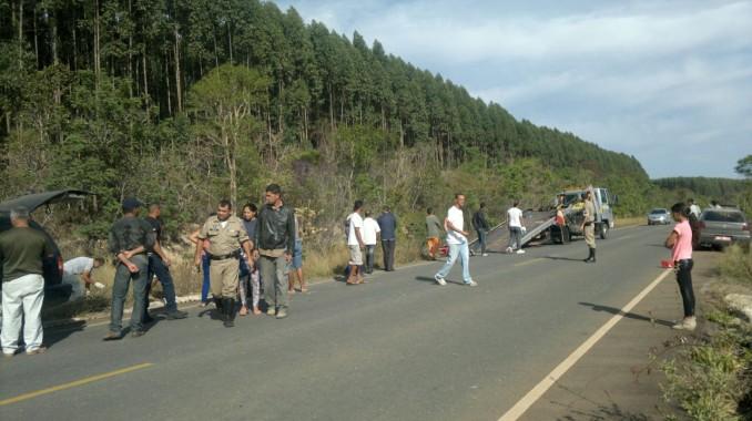 Motociclista Morre Em Acidente Na Rodovia Entre Capelinha
