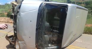 acidente_van_caratinga_1
