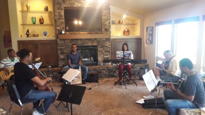 Orquestra Jovem De Diamantina Apresenta Composições De Tom Jobim Em