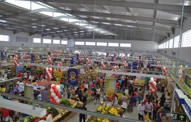 Resultado de imagem para supermercados bh em montes claros