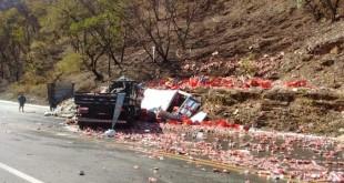acidente_carretas_boc_1