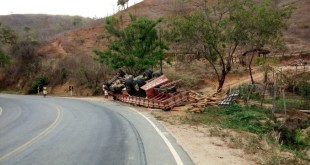 acidente_madeira_malacacheta