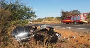acidente_micro_carro
