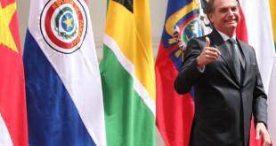 Bolsonaro assina a Declaração de Santiago de criação do fórum Prosul